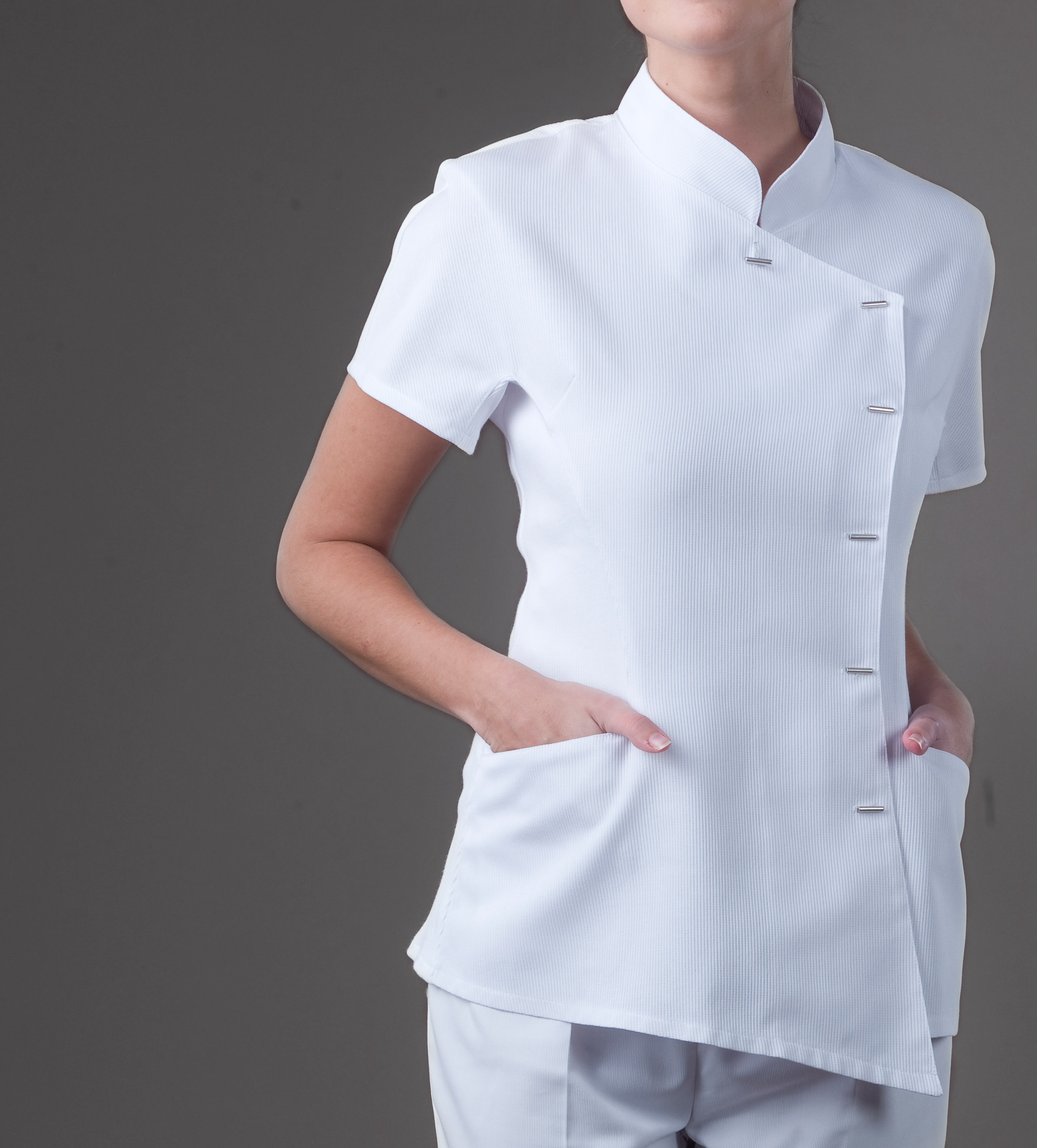 Java top monique mathieu paris for Spa uniform white