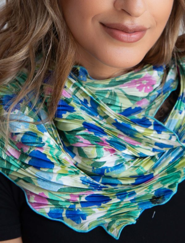 scarf pleated blue and green 2